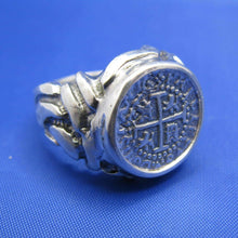 Load image into Gallery viewer, Men's Wide Design Pirate Shipwreck Coin Replica Ring