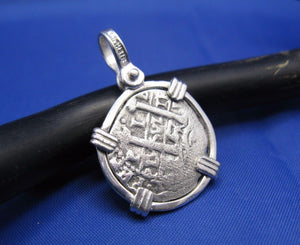 "Sterling Silver Small ""1 Reale"" Pirate Cob Doubloon Coin Replica"