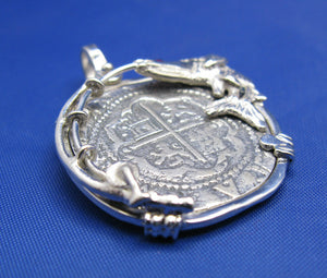 "Medium Sized ""4 Reale"" Men's Nautical Shipwreck Treasure Coin Replica inside Custom Snook and Fishing Rod Pole Bezel"