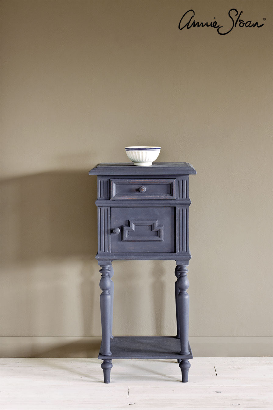 Old Violet Chalk Paint® decorative paint by Annie Sloan- Global Sample Pot