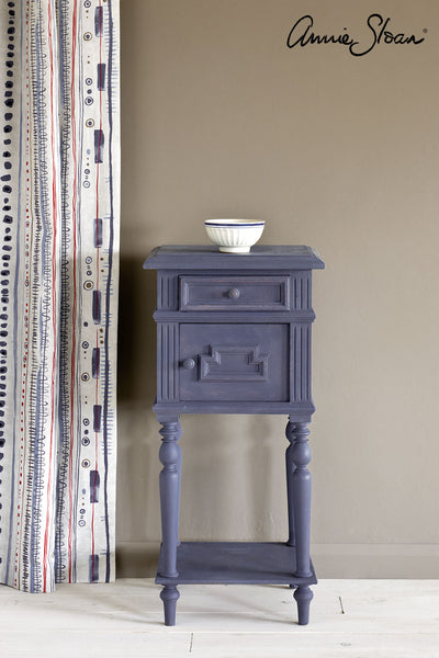 Old Violet Chalk Paint® decorative paint by Annie Sloan- Global Litre