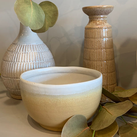 Stoneware Bowl in Cream Reactive Glaze Finish
