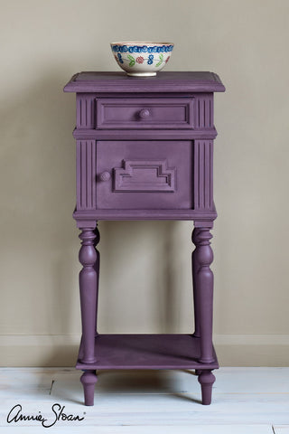 Rodmell Chalk Paint® decorative paint by Annie Sloan- Global Sample Pot