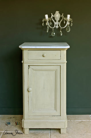 Versailles Chalk Paint® decorative paint by Annie Sloan- Sample Pot - Bower on Market