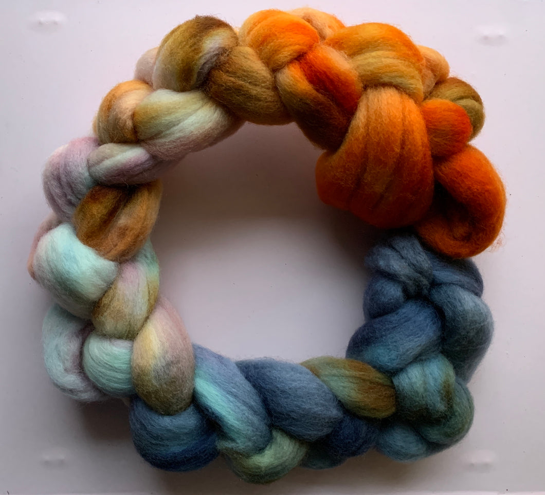 Hand Dyed Falkland Roving - Falling Sunset