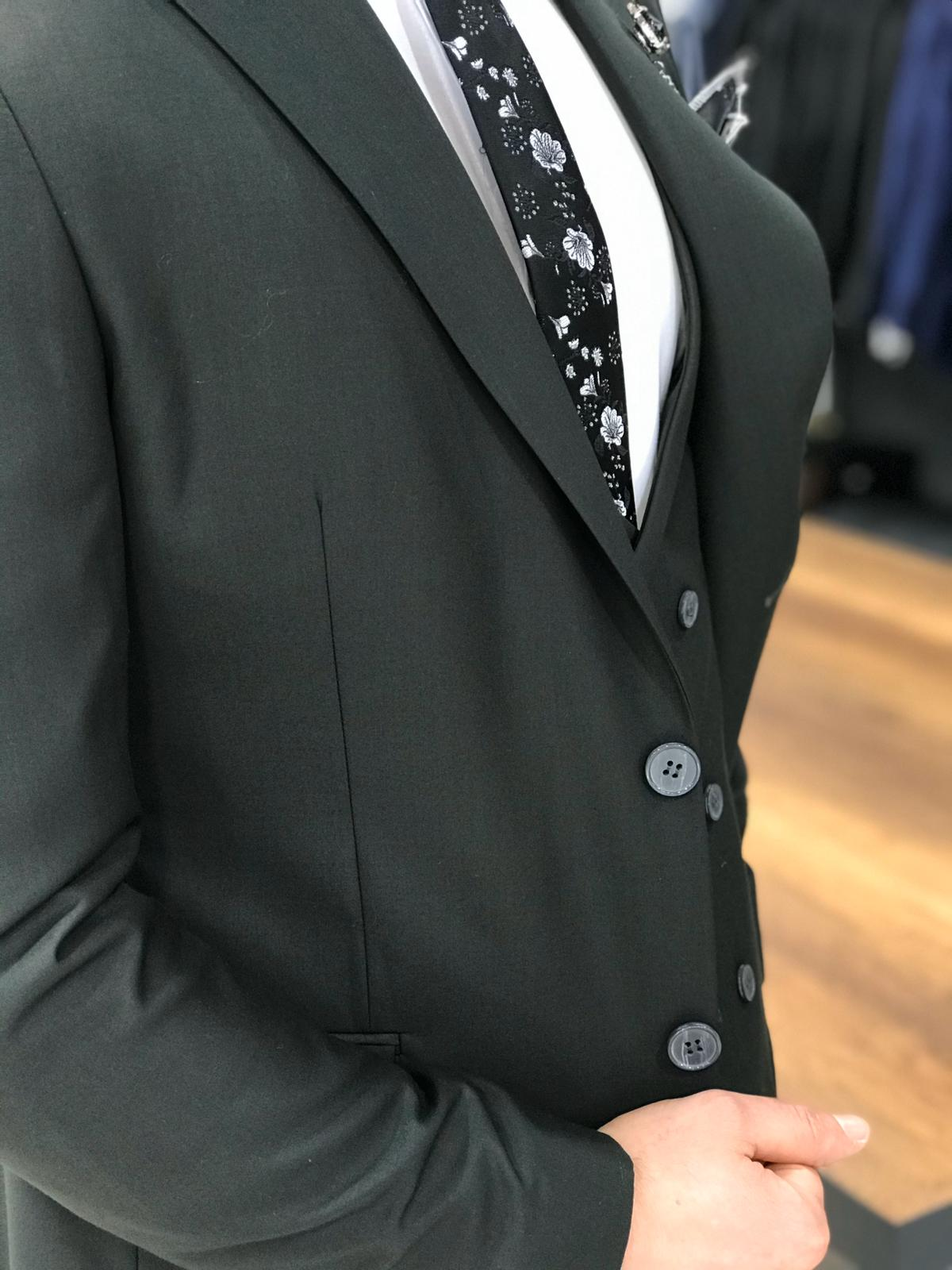 Ferrar Shimmer Black 3 Piece Suit