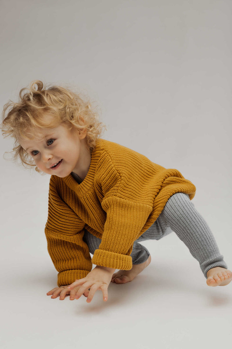 Meadow's Tale Unisex Oversize Sweater in Sunflower Colour