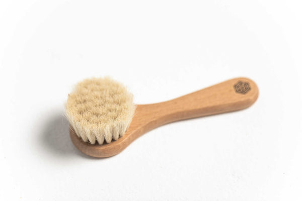 Nested Facial Brush