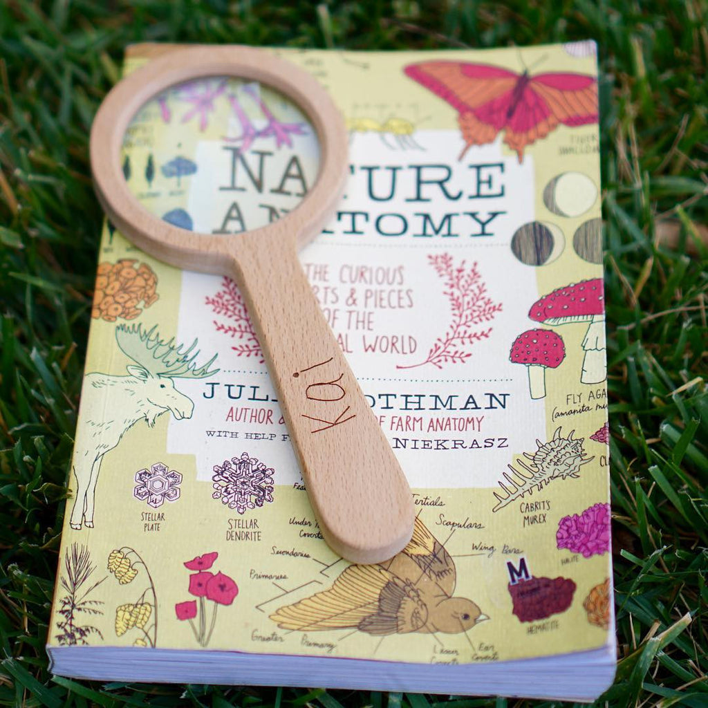 Personalized Wooden Magnifying Lens