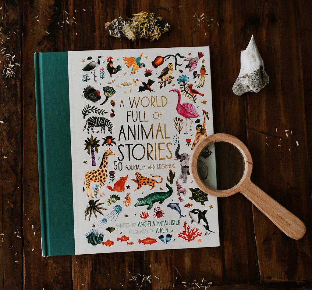 A World Full of Animal Stories: 50 folk tales and legends