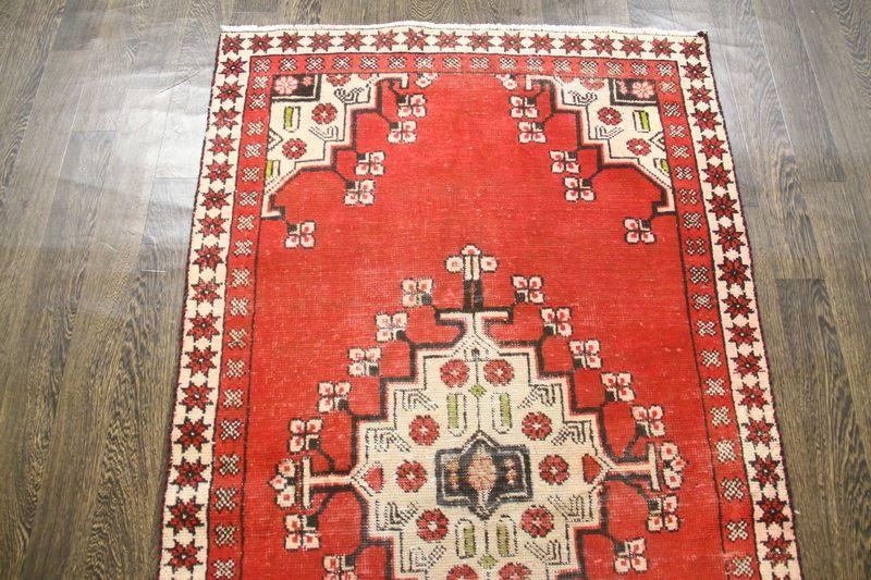 Traditional Vintage Handmade Rug 105x186cm - The Rugs Outlet