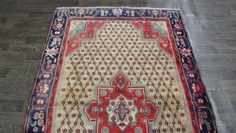 Traditional Vintage Handmade Rug 136x247cm - The Rugs Outlet