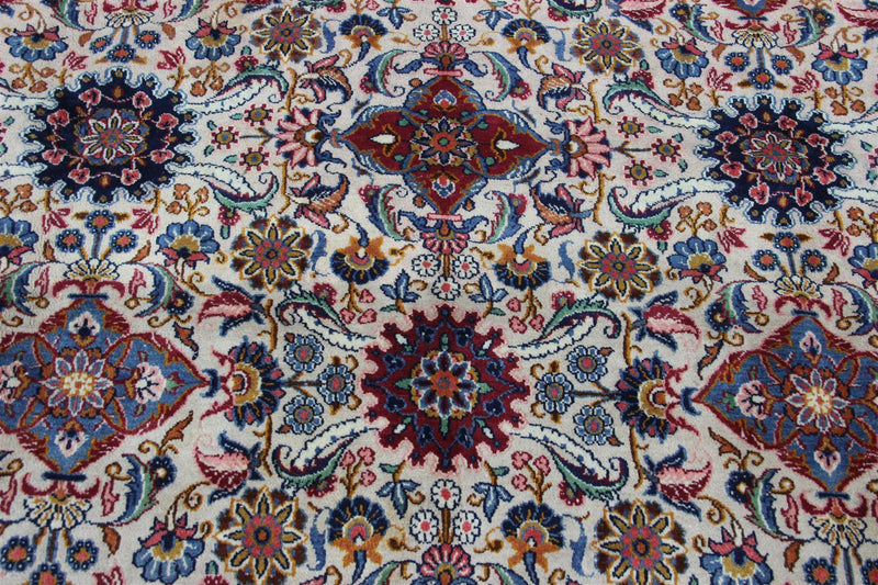 Traditional Vintage Handmade Rug 266x376cm - The Rugs Outlet