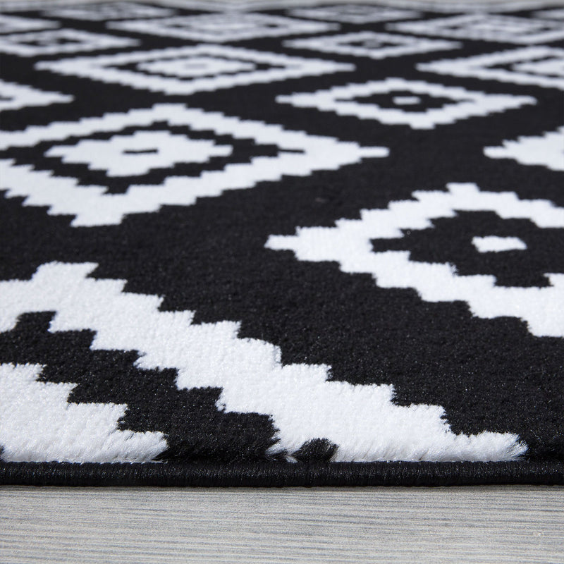 Trendy 7984 Black Rugs - The Rugs Outlet
