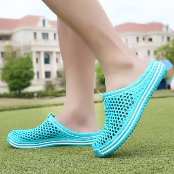 New fashion Unisex Summer Hollow-out Breathable Slippers Beach Shoes Slippers for couples Outdoor/Indoor sandals