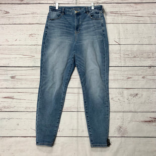 Primary Photo - BRAND: AMERICAN EAGLE STYLE: JEANS COLOR: DENIM SIZE: 14 SKU: 116-116147-1400