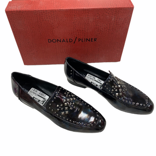 Primary Photo - BRAND: DONALD PLINER STYLE: SHOES LOW HEEL COLOR: METALLIC SIZE: 8 OTHER INFO: MSRP $228 SKU: 116-116141-8916