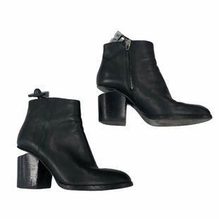 Primary Photo - BRAND: ALEXANDER WANG STYLE: BOOTS ANKLE COLOR: BLACK SIZE: 6 OTHER INFO: AS IS HEELS SKU: 116-116134-9766