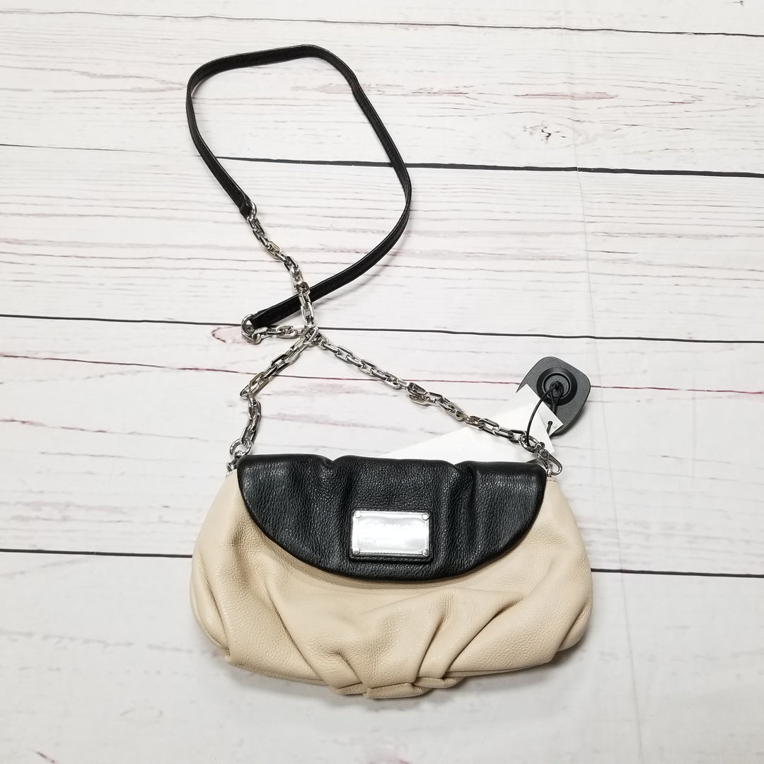 Primary Photo - BRAND: MARC BY MARC JACOBS <BR>STYLE: HANDBAG DESIGNER <BR>COLOR: BEIGE <BR>SIZE: SMALL <BR>OTHER INFO: CLASSIC Q KARLIE MSRP $258 <BR>SKU: 116-116140-5939