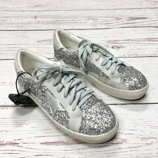 Primary Photo - BRAND:    CLOTHES MENTOR STYLE: SHOES ATHLETIC COLOR: SPARKLES SIZE: 9 OTHER INFO: SARABASIC COLLECTION - SKU: 116-116140-6913