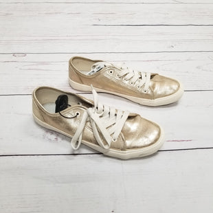 Primary Photo - BRAND: UNIVERSAL THREAD STYLE: SHOES ATHLETIC COLOR: METALLIC SIZE: 9 SKU: 116-116140-6380