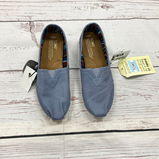Primary Photo - BRAND: TOMS STYLE: SHOES FLATS COLOR: BLUE SIZE: 6.5 SKU: 116-116126-29777