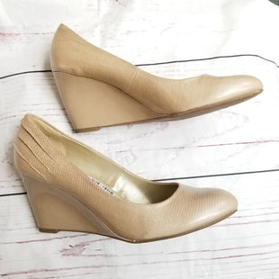 Primary Photo - BRAND: BANDOLINO STYLE: SHOES HIGH HEEL COLOR: BEIGE SIZE: 9.5 SKU: 116-116126-22764