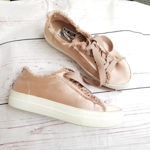 Primary Photo - BRAND: STEVE MADDEN STYLE: SHOES ATHLETIC COLOR: PINK SIZE: 7.5 SKU: 116-11620-24477