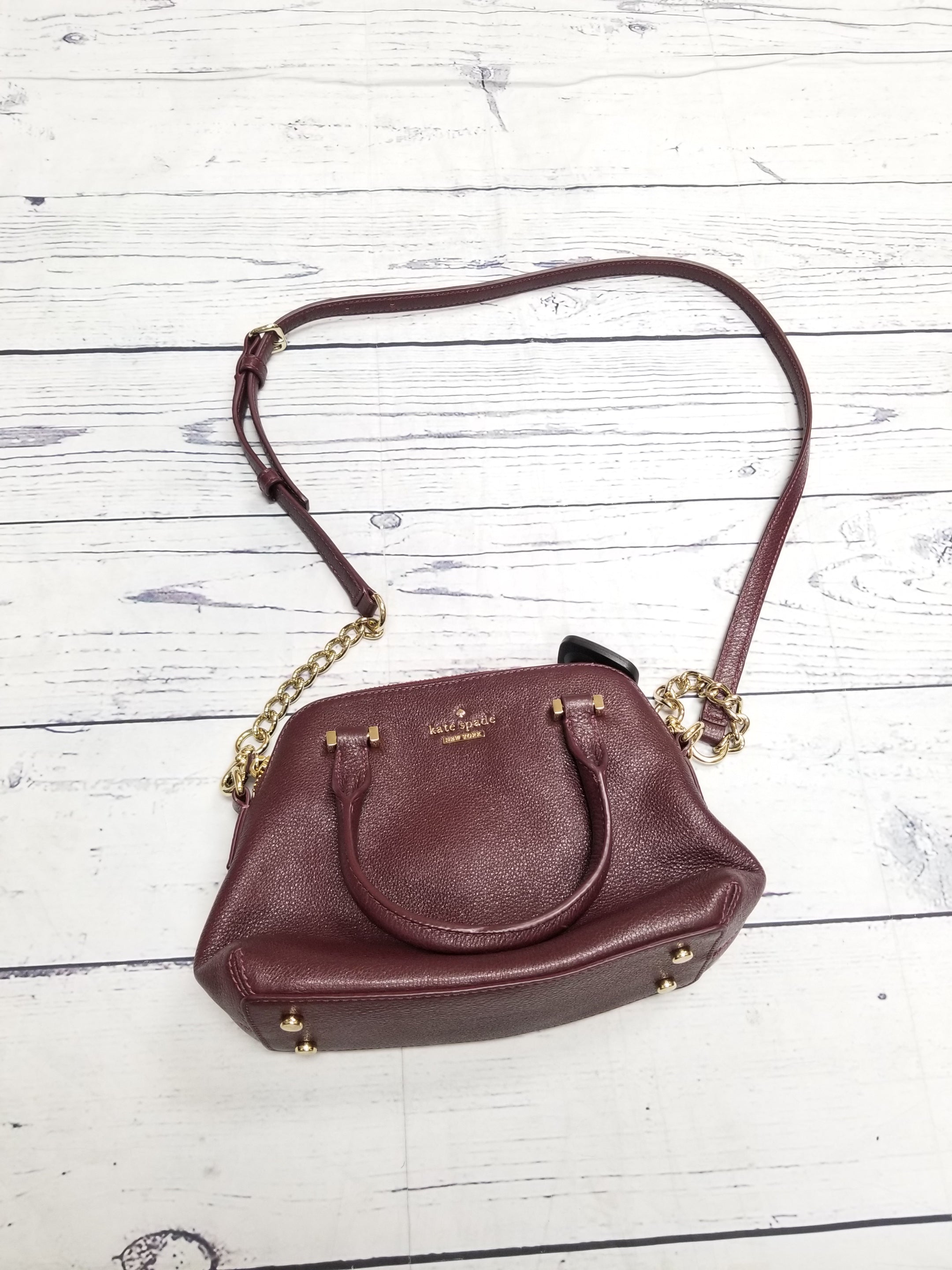 Primary Photo - BRAND: KATE SPADE <BR>STYLE: HANDBAG DESIGNER <BR>COLOR: BURGUNDY <BR>SIZE: SMALL <BR>OTHER INFO: AS IS <BR>SKU: 116-116141-4781