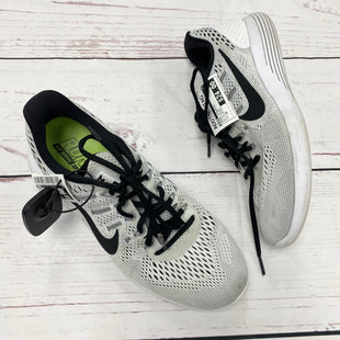Primary Photo - BRAND: NIKE STYLE: SHOES ATHLETIC COLOR: WHITE BLACK SIZE: 10 OTHER INFO: AS IS SPOTS SKU: 116-116126-30874