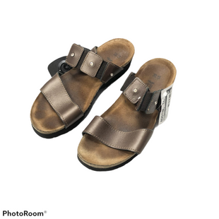 Sandals Low By Naot  Size: 6 - BRAND: NAOT STYLE: SANDALS LOW COLOR: BROWN SIZE: 6 OTHER INFO: MSRP 148 SKU: 116-116134-8807