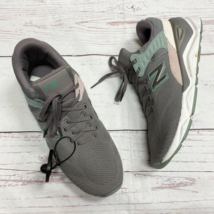 Primary Photo - BRAND: NEW BALANCE STYLE: SHOES ATHLETIC COLOR: TAUPE SIZE: 11 SKU: 116-116126-24190