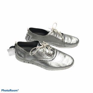 Primary Photo - BRAND: COLE-HAAN STYLE: SHOES ATHLETIC COLOR: SILVER SIZE: 8 OTHER INFO: AS IS SKU: 116-116147-2122