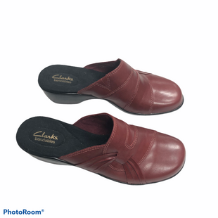 Primary Photo - BRAND: CLARKS STYLE: SANDALS LOW COLOR: MAROON SIZE: 9.5 SKU: 116-116141-8993