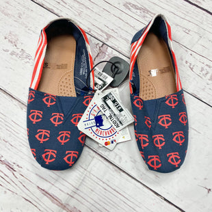 Primary Photo - BRAND:    CLOTHES MENTOR STYLE: SHOES FLATS COLOR: SPORTS TEAM SIZE: 5.5 OTHER INFO: FOCO - WOMENS SIZE SMALL SKU: 116-116140-6637