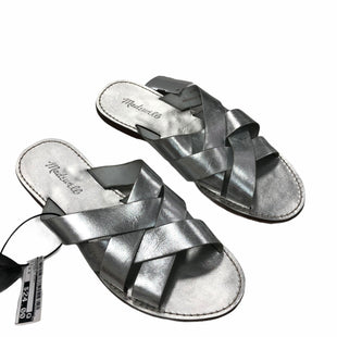 Primary Photo - BRAND: MADEWELL STYLE: SANDALS FLAT COLOR: SILVER SIZE: 9.5 SKU: 116-116134-9935