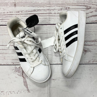 Primary Photo - BRAND: ADIDAS STYLE: SHOES ATHLETIC COLOR: BLACK WHITE SIZE: 6.5 SKU: 116-116140-7360