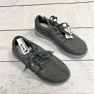 Primary Photo - BRAND:    CLOTHES MENTOR STYLE: SHOES ATHLETIC COLOR: GREY SIZE: 7.5 OTHER INFO: J SPORT - SKU: 116-116140-6842