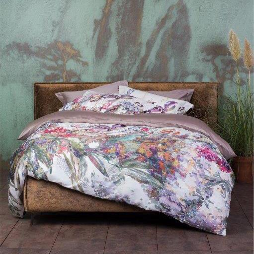 Irises 4 Piece Bedding set