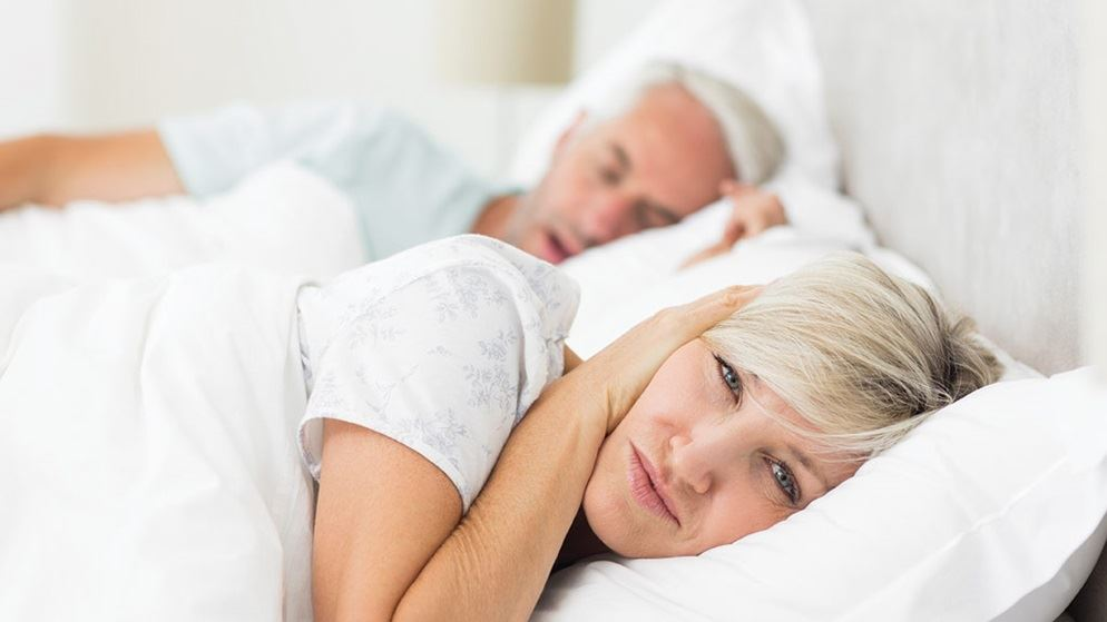 Facts about sleeping and snoring and reasons why people snore  - SnoreMeds