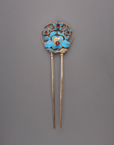 Qing dynasty tian-tsui hair fork. (Arthur M. Sackler Gallery, Smithsonian Institution)