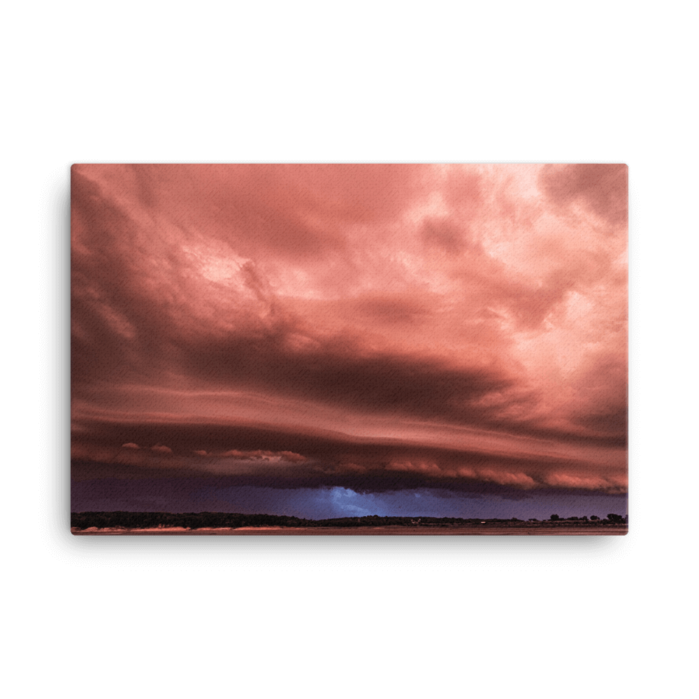 Sunset shelf cloud at Lake Red Rock
