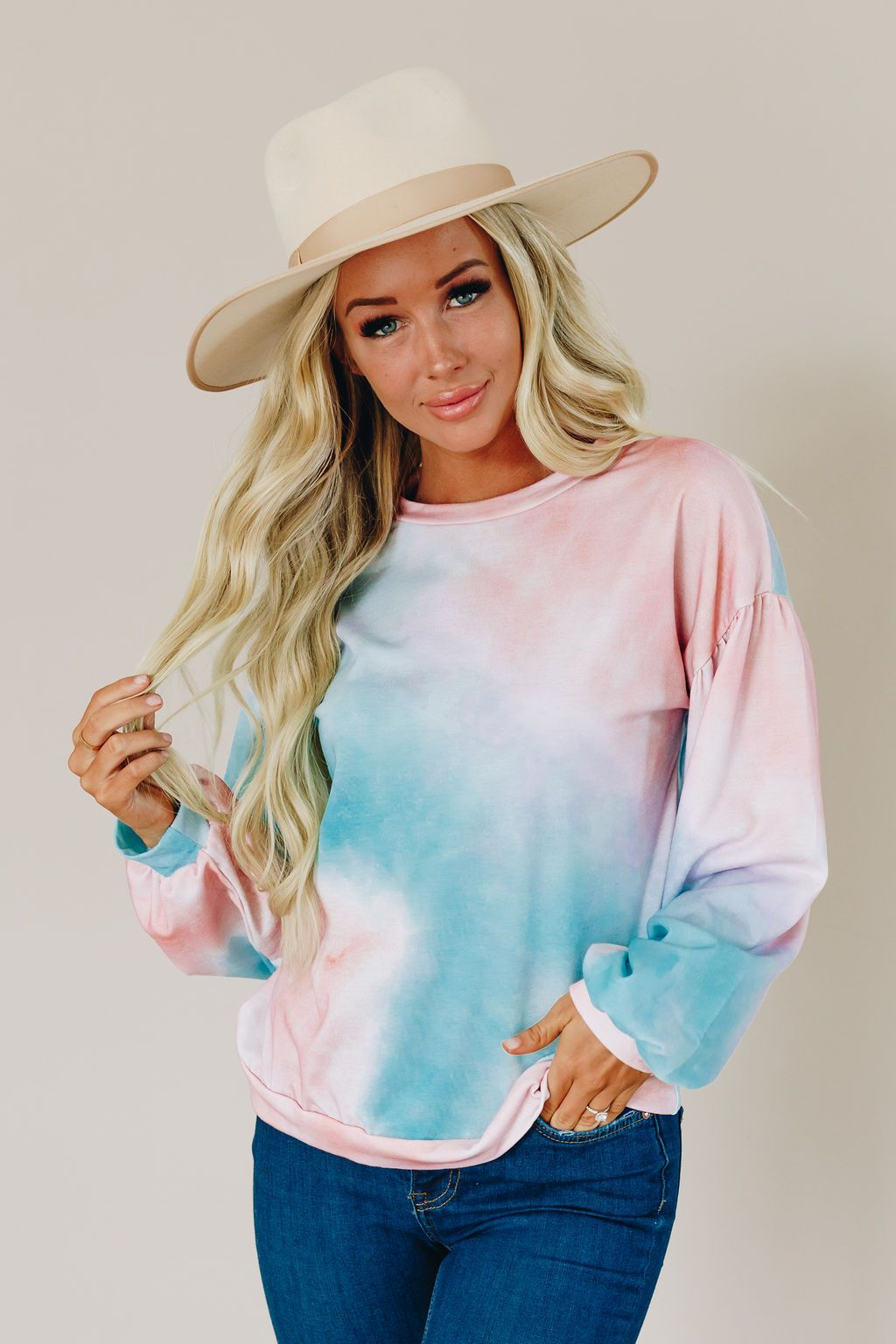 Cotton Candy Kisses Pullover