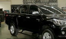 Load image into Gallery viewer, T-Max E-Board Retracting Electronic Side Steps for Toyota Hilux Revo 2015-On 4DR