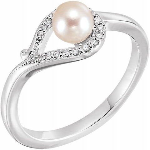 Freshwater Pearl & Diamond Ring .07 ctw
