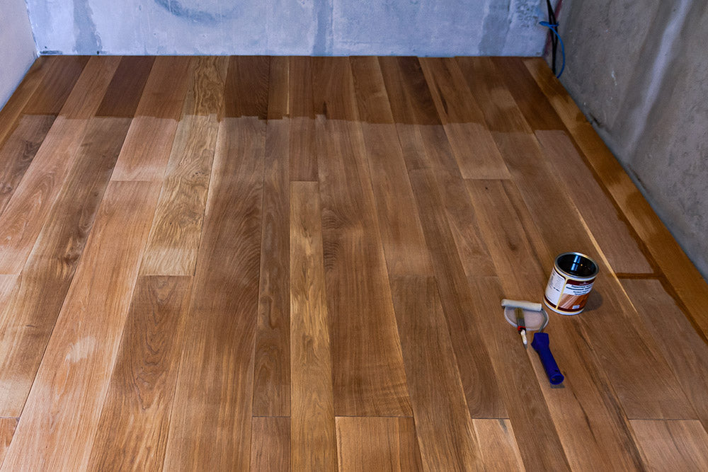 Sand a Wooden Floor Before Oiling It