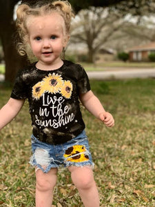 Sunflowers Shorts/Jeans