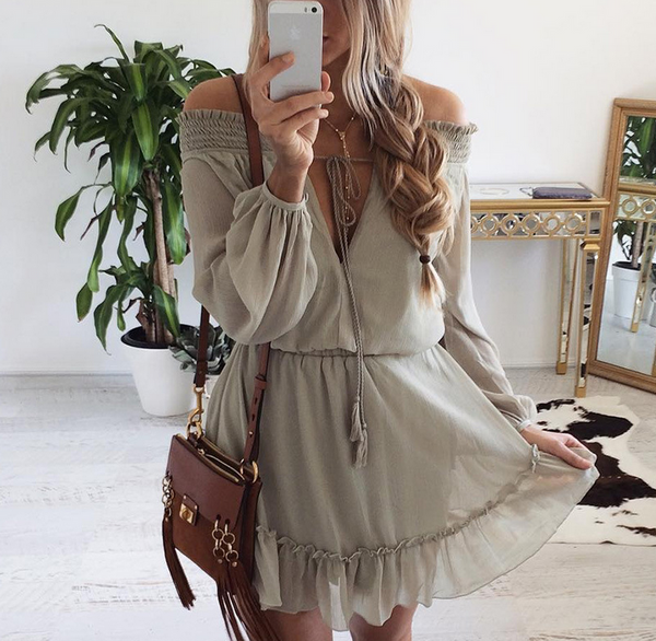 New fashion sexy off shoulder chest hollow long sleeve dress