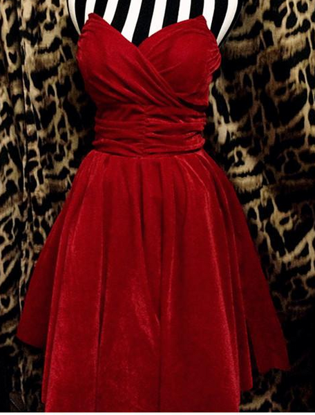 Hot Strapless Red Dress