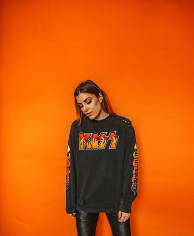Kiss Distressed Long Sleeve Tee